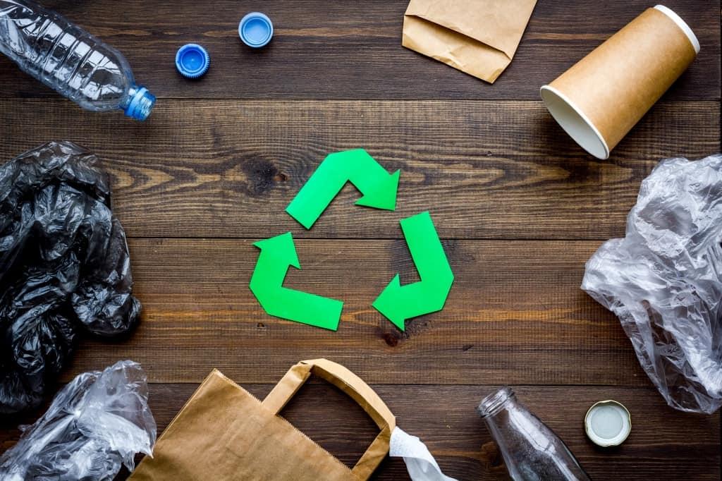 Recacling Papier- und Kunststoffverpackungen
